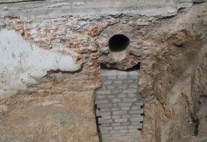 Odkryli fragmenty kanału z czasów Starynkiewicza