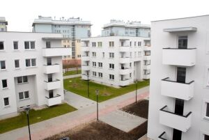 75 mieszkań dla najuboższych. Pierwsi lokatorzy dostali klucze